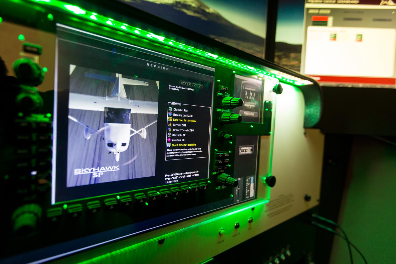 Full Motion Flight Simulator - FLT Academy